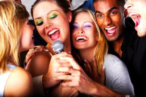 Partymusik und Karaoke mit Alleinunterhalter