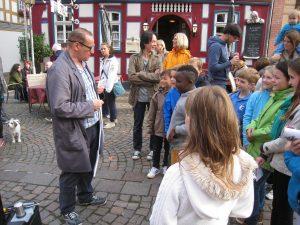 Unterhaltungskünstler Walking Act Wiesbaden
